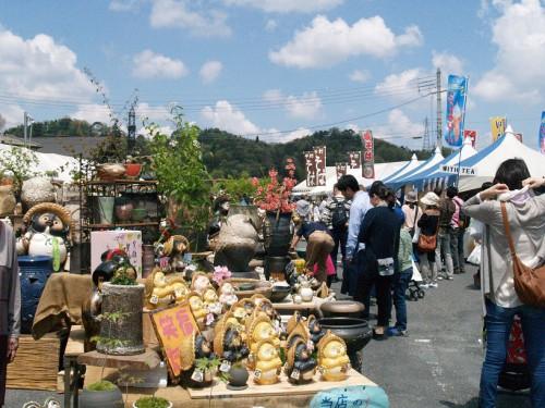 第22回春のしがらき駅前陶器市(2)